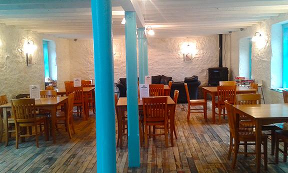 Interior of the coffee shop at www.islandraffle.com